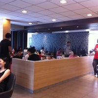 Снимок сделан в McDonald's пользователем Mark N. 1/15/2011