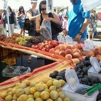 Foto tirada no(a) Fresh52 Farmers Market por Emma P. em 9/2/2012
