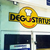 Photo taken at Degustatus by Renan B. on 9/30/2011