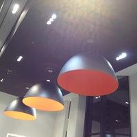 2/12/2012 tarihinde adriana c.ziyaretçi tarafından BOSS Store'de çekilen fotoğraf