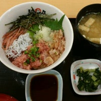 Photo taken at 駿河丸 アリオ川口店 by Sakurash on 12/16/2011