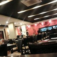 Photo taken at Pizza Hut by Ammank C. on 8/30/2011