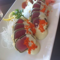 Photo taken at Haru Sushi Bar & Grill by Maureen D. on 7/28/2011