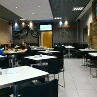 Foto tirada no(a) Chicohamburger por Dauto M. em 3/23/2012