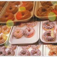 Photo taken at Krispy Kreme by NungNing 🎀 on 11/10/2011
