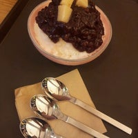 Photo taken at Red Bean by Min-Ah H. on 6/14/2012