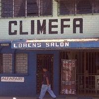 Photo taken at Loren's Salon by Fernando A. on 11/8/2011