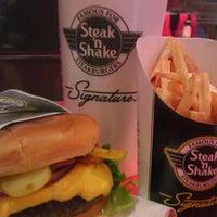 3/7/2012にEric M.がSteak 'n Shakeで撮った写真