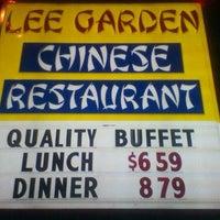 Photo taken at Lee Gardens Chinese Restaurent by Erlin S. on 11/27/2011