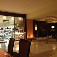 Photo taken at Sheraton Miyako Hotel, Osaka by Benzy B. on 3/23/2012