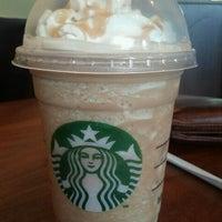 Photo taken at Starbucks by Vidya S. on 8/13/2011