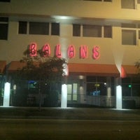 Photo taken at Balans Restaurant & Bar, Biscayne by xxllwill on 9/1/2012