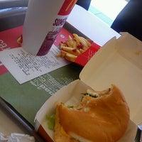 Photo taken at McDonald's by Julius Ldg on 7/30/2012