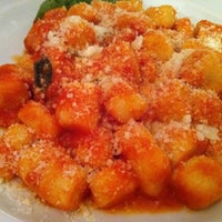 Foto scattata a Da Vincenzo da Insung C. il 9/16/2011