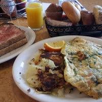 2/28/2012에 Jennifer R.님이 Kappy's Restaurant & Pancake House에서 찍은 사진
