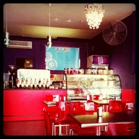 Photo taken at Holy Moley Gourmet Coffee by Leo W. on 5/11/2011