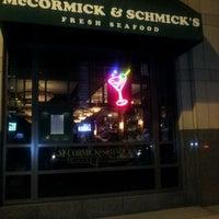 Foto tomada en McCormick & Schmick's Seafood and Steaks por evetta g. el 11/13/2011