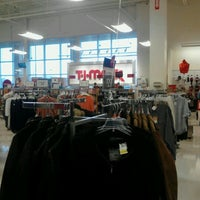Photo taken at T.J. Maxx by Alberto R. on 1/13/2012