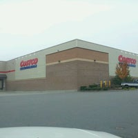 Photo taken at Costco Wholesale by Yob B. on 12/6/2011
