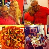 7/28/2012 tarihinde Hanife M.ziyaretçi tarafından Pronto Pizza'de çekilen fotoğraf