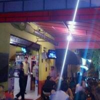 Foto tirada no(a) Espetinho's Bar por Ed C. em 1/13/2012