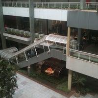 Foto tirada no(a) Águas Claras Shopping por Davi C. em 8/31/2011
