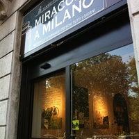 Foto scattata a Miracolo A Milano da alessandra g. il 10/15/2011