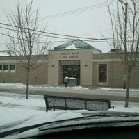 1/14/2012にWilliam L.がChicago Ridge Public Libraryで撮った写真