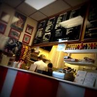 Das Foto wurde bei T. Anthony's Pizzeria von john g. am 4/22/2012 aufgenommen
