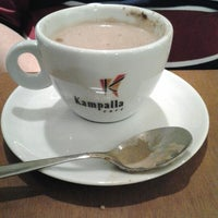 Foto tirada no(a) Kampalla Café por Jean G. em 8/20/2012