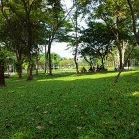 10/30/2011 tarihinde Miixel2 C.ziyaretçi tarafından Suan Santi Phap'de çekilen fotoğraf