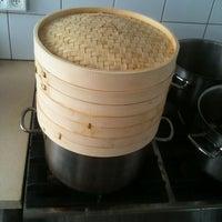 Foto diambil di Foodsteps oleh Yarin I. pada 5/22/2012
