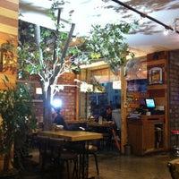 Photo taken at 차이차이 by Jung-hyun K. on 4/10/2012