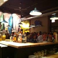 Foto tomada en Fish Bar por Colin J. el 3/10/2011