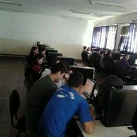 Photo taken at laboratório de informática - PII by Leo L. on 5/18/2012
