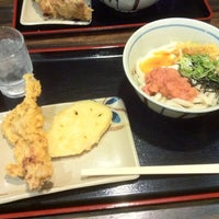 Photo taken at 讃岐製麺 東淀川大桐店 by ericoco ❤. on 9/16/2011