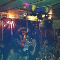 Foto tomada en Chihuahua Pub por Loreto L. el 1/15/2012