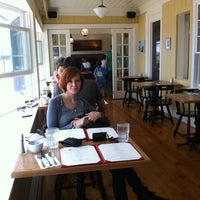 Photo taken at The Red Inn & Restaurant by Martin L. on 9/4/2011