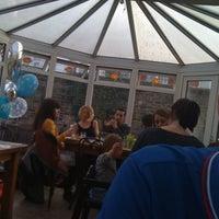 Снимок сделан в The Selkirk SW17 пользователем Rob D. 3/3/2012
