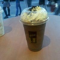 Photo taken at McDonald's by Pablon B. on 10/13/2011