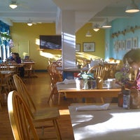 Photo taken at Early Girl Eatery by Steve J. on 2/2/2011