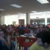 Foto diambil di Biblioteca Facultad de Económicas oleh Carlos P. pada 5/14/2012