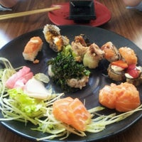 Foto tirada no(a) Kawa Sushi | 川 por Juracy V. em 1/31/2012