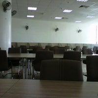 Photo taken at Library uthm (bilik perbincangan 24 jam) by rid'z w. on 4/16/2011