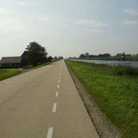 Photo taken at Kanaalweg Oost- en Westzijde by Vallinny T. on 9/16/2011