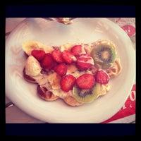 รูปภาพถ่ายที่ Ab'bas Waffle โดย Merve I. เมื่อ 4/28/2012