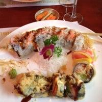 Foto tomada en Nori Sushi por Joe V. el 5/15/2012