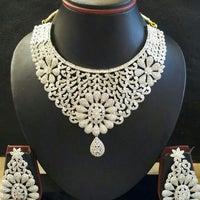 Photo taken at Omkari Fashion Jewellery by vinayak on 8/17/2012
