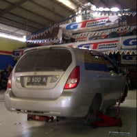 Photo taken at Tire zone by b2abet on 1/21/2012