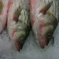 Photo prise au Sun Fat Seafood Company par Heather S. le8/3/2011